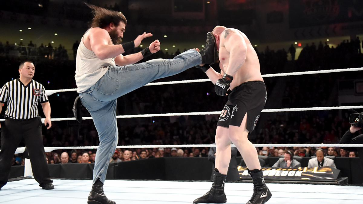 http://dailyddt.com/files/2016/03/Brock-Lesnar-Luke-Harper.jpg